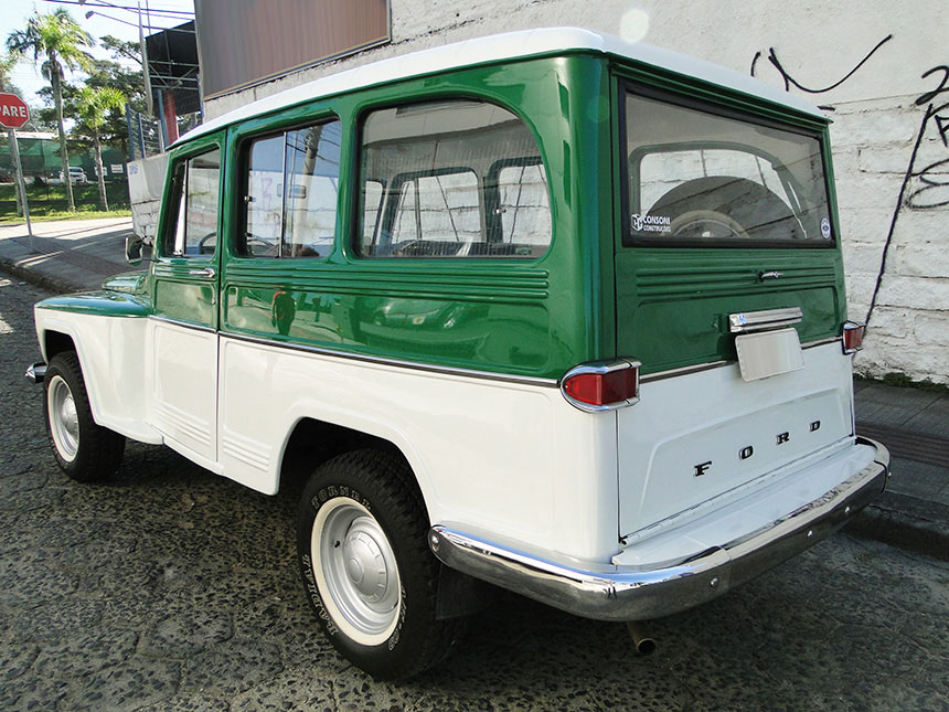 Automovel-ford-rural-1971-3