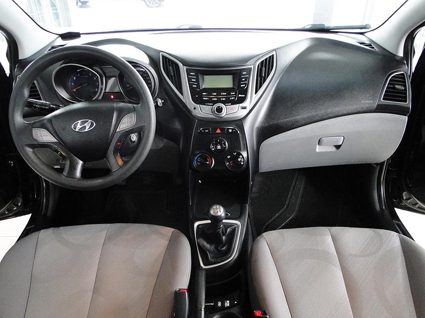 automovel-hyundai-hb20-s-10m-conf-2014-7
