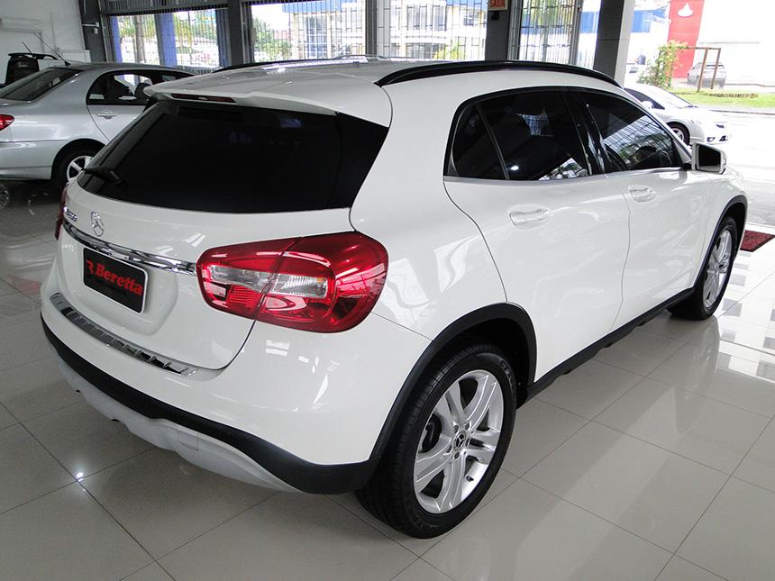 automovel-mercedes-benz-gla-200-ff-sty-2018-4