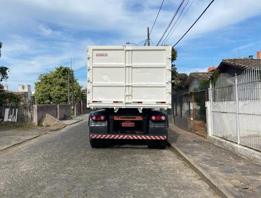 Caminhão ford cargo 1932 cnt 2012-5