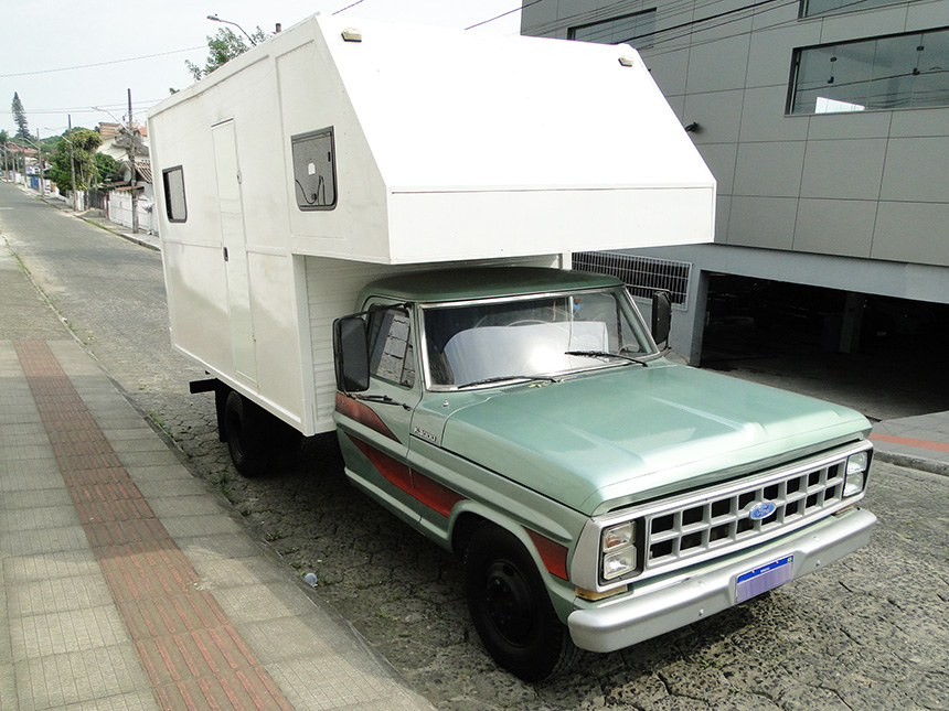 caminhao-ford-f4000-1984