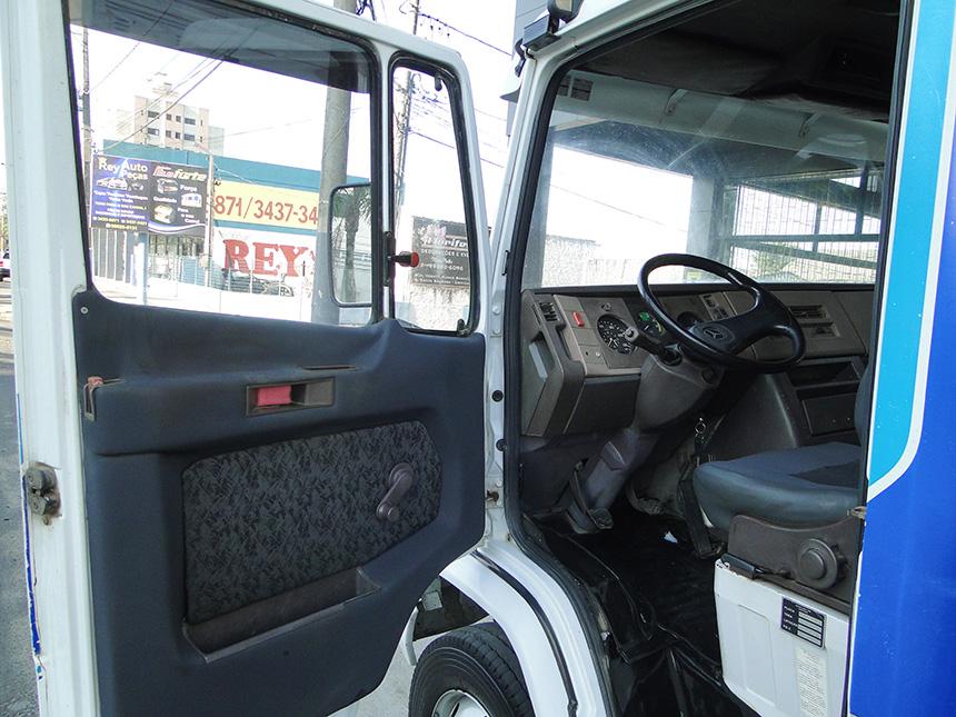 Caminhão mercedes benz 912 1991 em Criciúma(8)