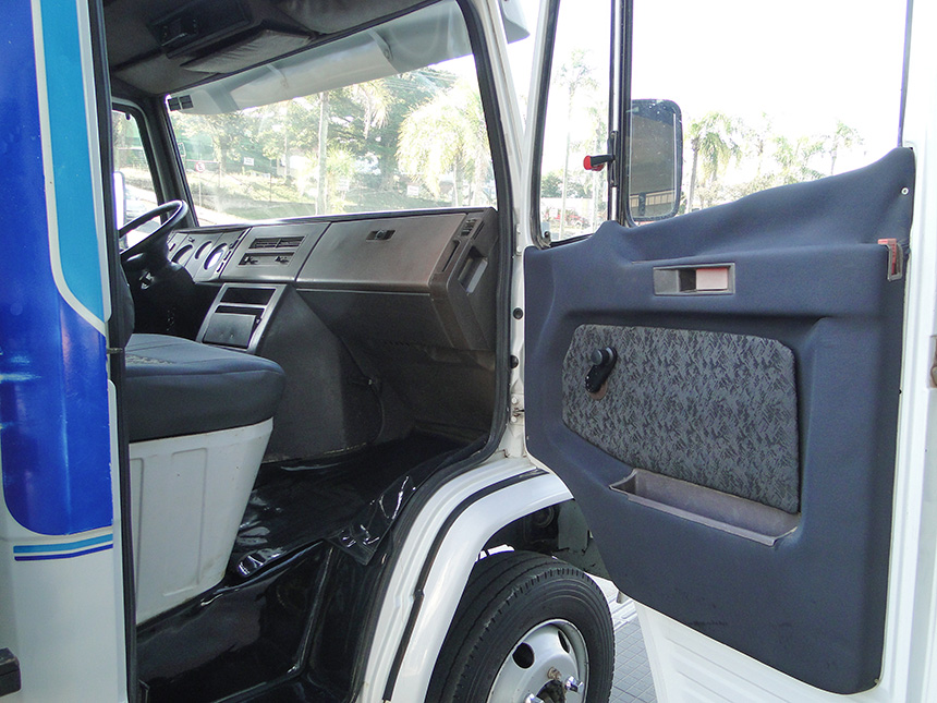 Caminhão mercedes benz 912 1991 em Criciúma(9)
