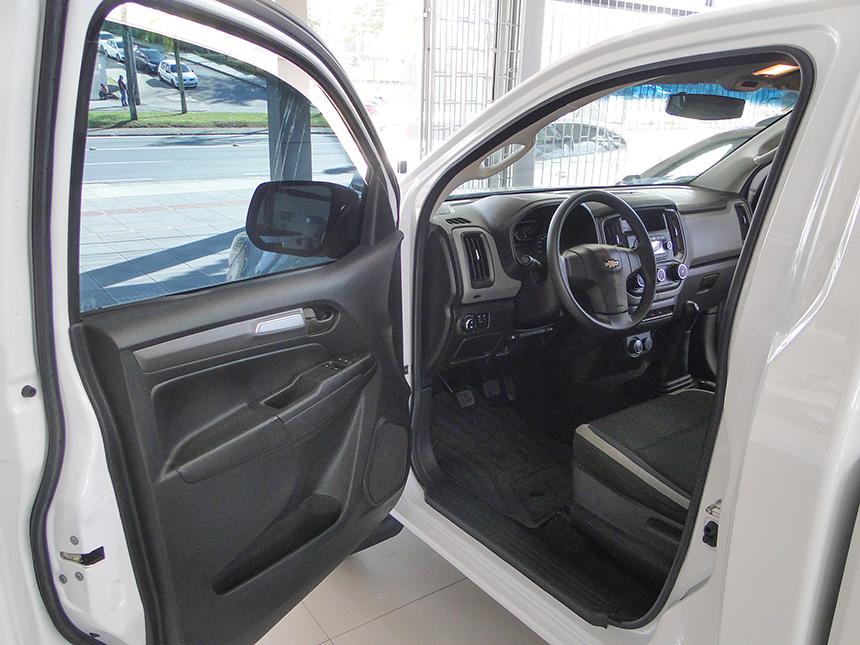 Camioneta chevrolet s10 ls ds4 2020 em Criciúma(8)