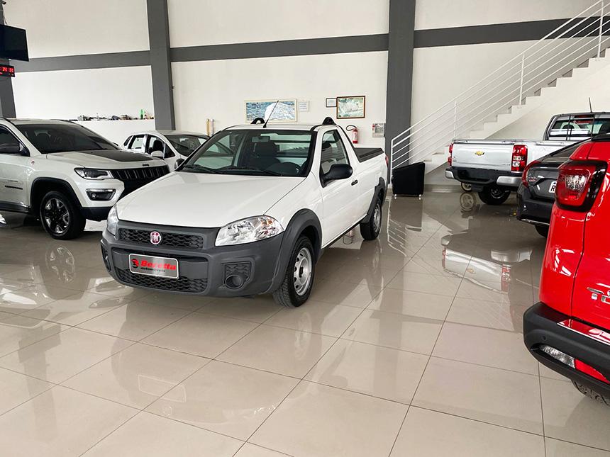 Camioneta fiat strada HD WK CC E 2020-2 na Beretta Automóveis em Criciúma