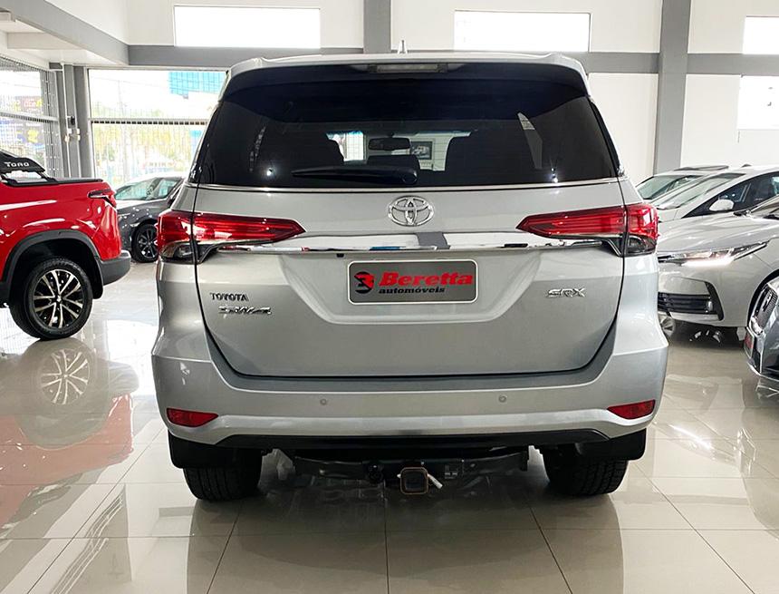 Camioneta hilux swsrxafd 2020-5 na Beretta Automóveis em Criciúma