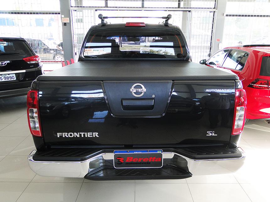 Camioneta nissan frontier sl 4x4 2014-5 em Criciúma