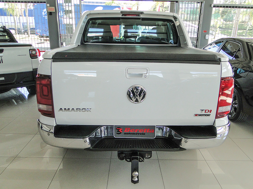 Camioneta volkswagen amarok cd 4x4 high 2018 em Criciúma(5)