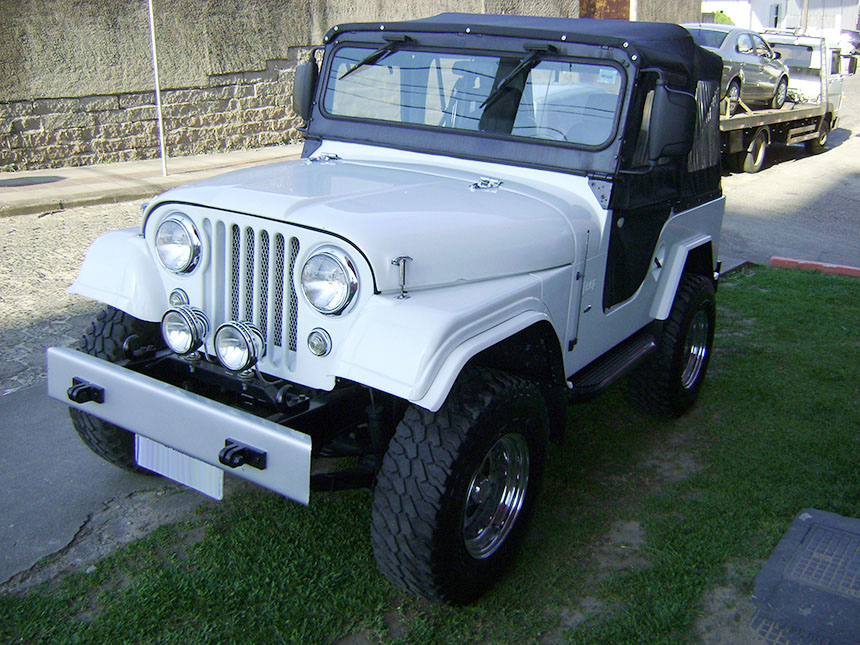 Automovel jipe-willys-1974