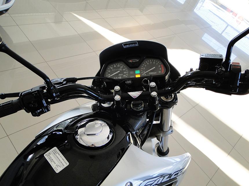 Moto honda nx 4 falcon 2008(6)